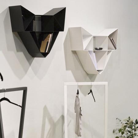 Regal Wolf Be Design