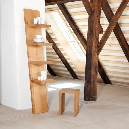 Leaning Shelf 2