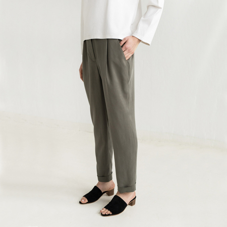 Benny trousers olive 3