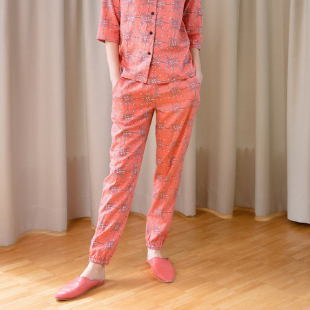 Web   coral star shirt and trousers standing 1024x1024