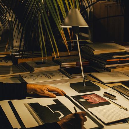 5 gira table lamp santacole pic iris humm 1490616642 o3