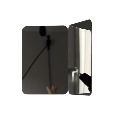 Artek mirror 3