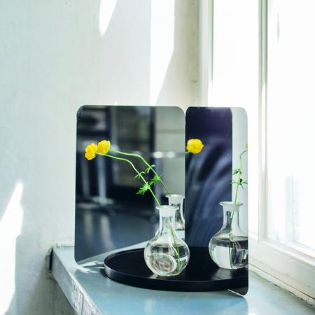 Artek mirror 2