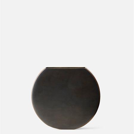 4730859 moon vase 03