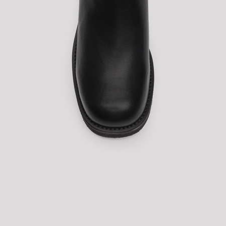 Boots Thea Schwarz E8 Miista