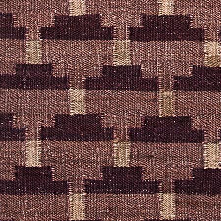 Hemp rug confect aubergine zoom
