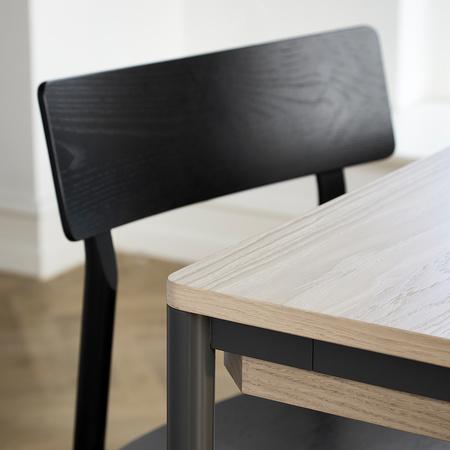 Nordisch schlichter Stuhl Pause 2.0 im Set