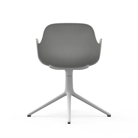 Armlehnenstuhl Form mit Aluminium-Beinen