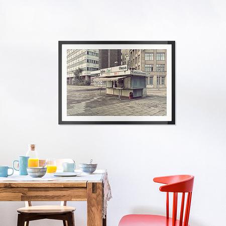 Oase -Bild mit Holzrahmen / 50 X 70