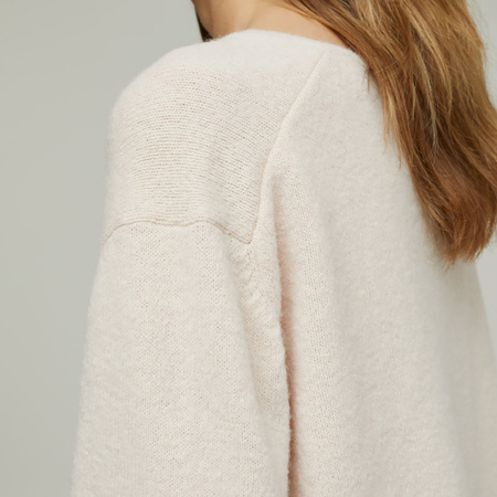 V-Pullover mit Alpaka