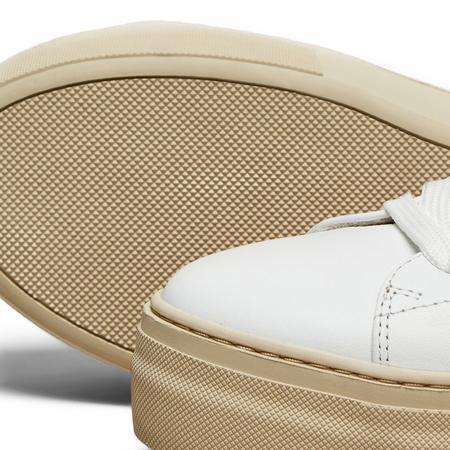 Selected Femme puristische Sneakers praegnante Sohle Leder weiss