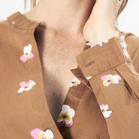 Luftiges Kleid mit Orchideen-Print