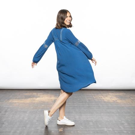 Elegantes Kleid in Blau