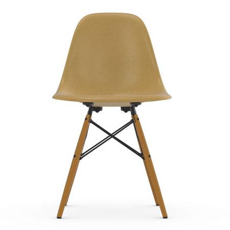 Eames Fiberglass Sidechair DSW Vitra