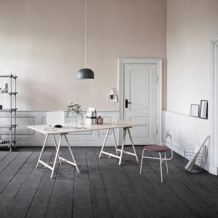 atelier tisch 39 knot trestle 39. Black Bedroom Furniture Sets. Home Design Ideas