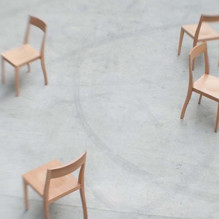Flankenschnitt-Stuhl F/01 4