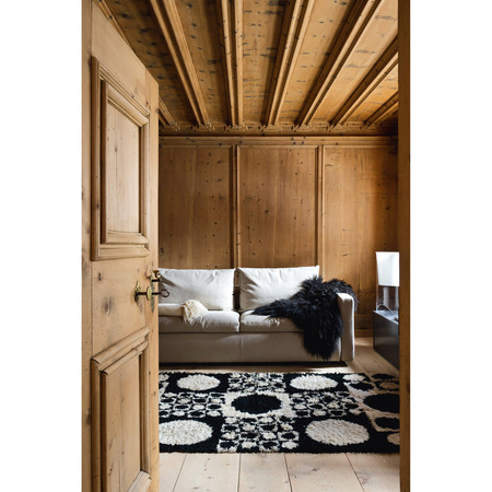 39 st moritz interiors 39. Black Bedroom Furniture Sets. Home Design Ideas