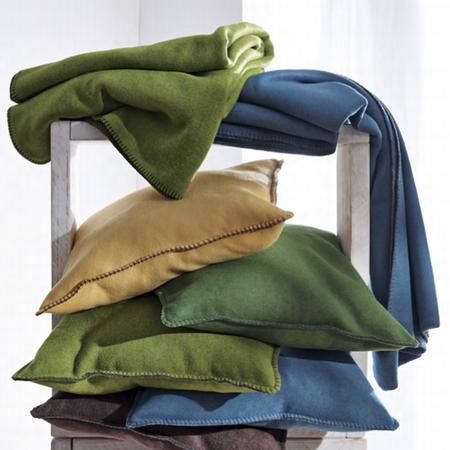 39 secret 39 decke f r strand garten und sofa. Black Bedroom Furniture Sets. Home Design Ideas