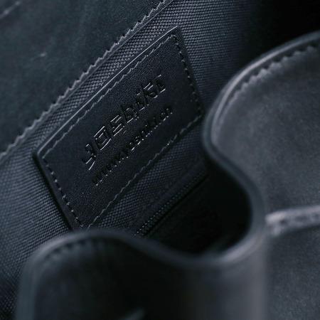 09 yoshiki leder rucksack schwarz