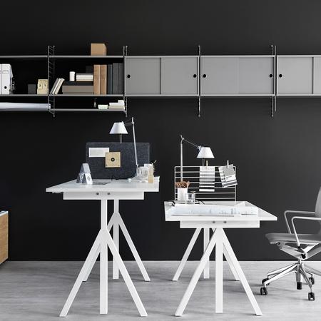 h henverstellbarer tisch 39 works 39. Black Bedroom Furniture Sets. Home Design Ideas