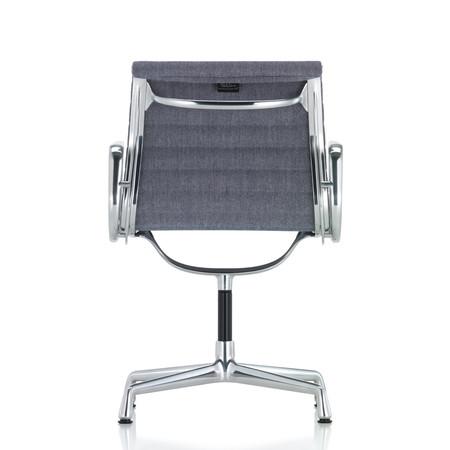 Vitra aluminium chair ea 104 dunkelblau elfenbein