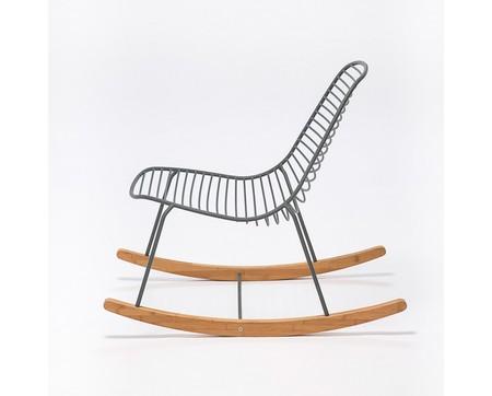 schaukelstuhl 39 sketch 39 f r drinnen und draussen. Black Bedroom Furniture Sets. Home Design Ideas