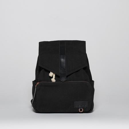 Mini black front