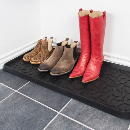 Shoe and boot tray l footwear mit schuhen ambiente