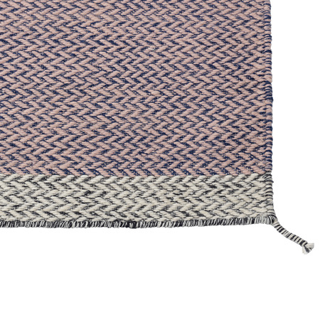 Ply rug rose detail wb med res