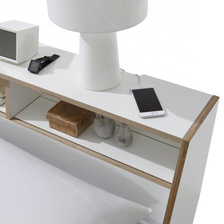 weisses bett 39 slope 39 mit kopfteil. Black Bedroom Furniture Sets. Home Design Ideas