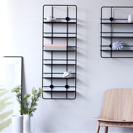 Woud coupe vertical shelf schwarz ambiente 20%281%29