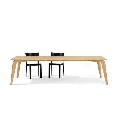 Tisch Takushi Röthlisberger