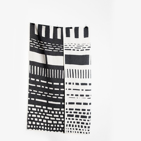 Coopdps cotton blankets towels coopdps sketch 1 cotton blankets by nathalie du pasquier george sowden black white 3 1024x1024