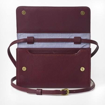 4 mini bag plus burgundy open empty 1
