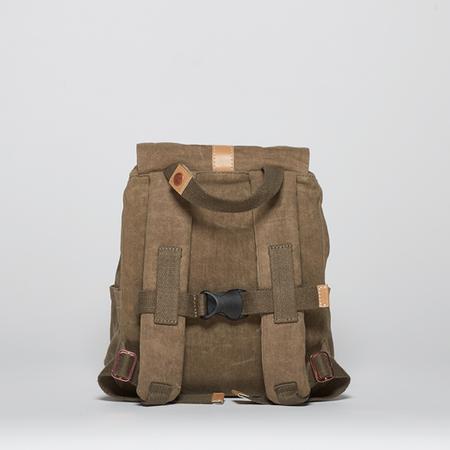 Mini khaki back 1000x