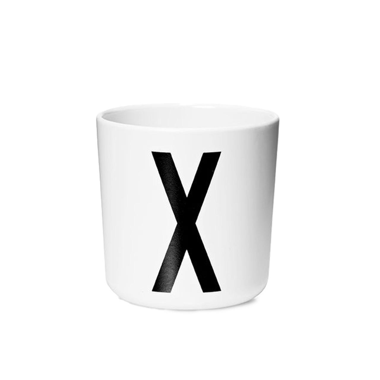 Design Letters Persönlicher Porzellan-Becher von A-Z 'Design Letters'  X