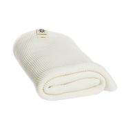 Weisses Bade- und Handtuch im Set