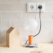 Flos lampadina tafellamp oranje sfeer1