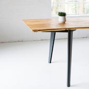 Tisch 'Plog' in Bauholz