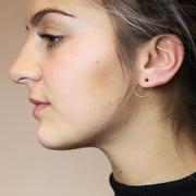 Wunderschöner 'Pluto Pearl' Ohrring