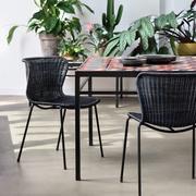 C603 chair indoor 02 961x1440