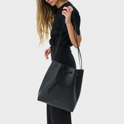 Bucket Bag von 'Velt'