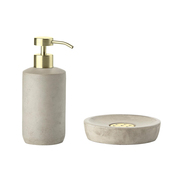 Cooles Badezimmer-Set aus Beton