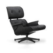 'Eames Lounge Chair' in Esche schwarz
