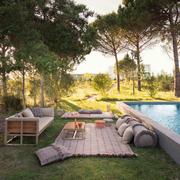 Garden layers checks cushion gan rugs