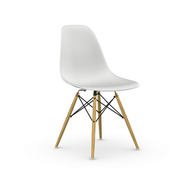 Eames Plastic Side Chair mit Holzuntergestell