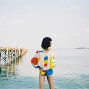 Feine Tunika-Bluse mit abstraktem Print
