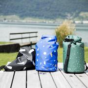 Grafischer Floating Bag