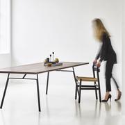 'Corduroy' Tisch eckig aus geräucherter Eiche