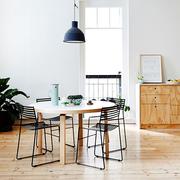 Runder Tisch von Alvar Aalto